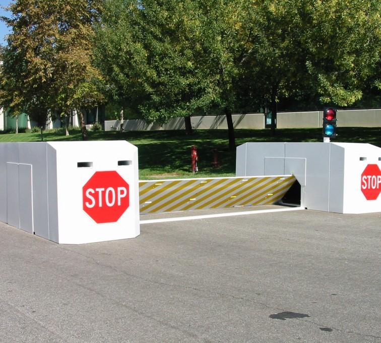 Des Moines Fence Company - K-Rated Vehicle Restraint Systems Fencing, 2112 Mobile Vehicle Barrier