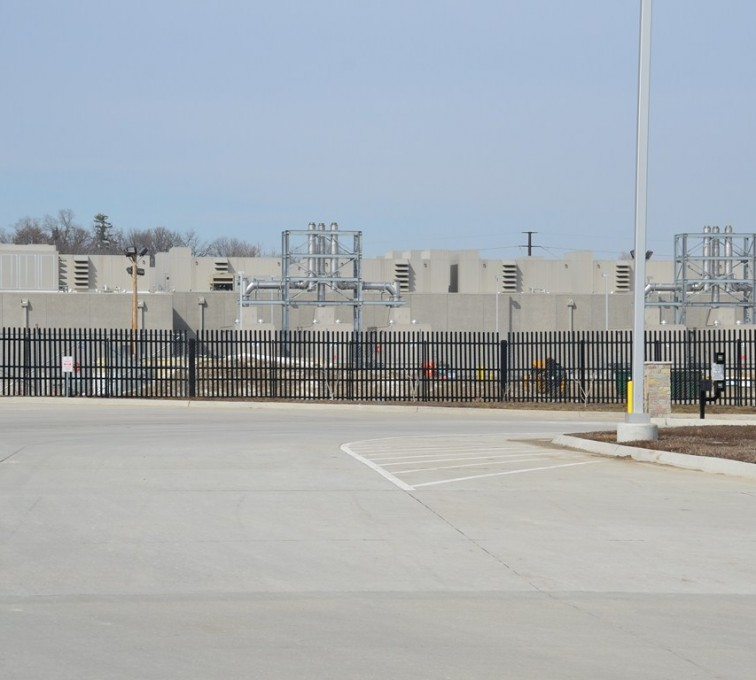Des Moines Fence Company - K-Rated Vehicle Restraint Systems Fencing, 8' Crash Rated Ornamental Impasse 4 - AFC - IA
